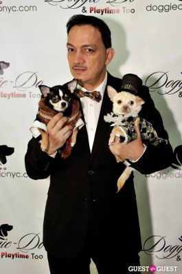 top pet-couturier-anthony-rubio in Doggie-Do and Playtime Too Canine Couture Fashion Show