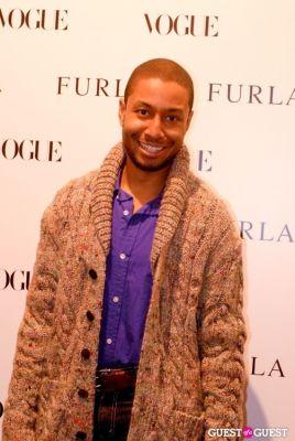 wael davis in Vogue & Furla