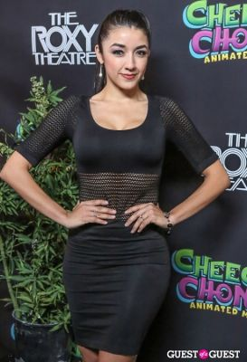 yvette yates in Green Carpet Premiere of Cheech & Chong's Animated Movie
