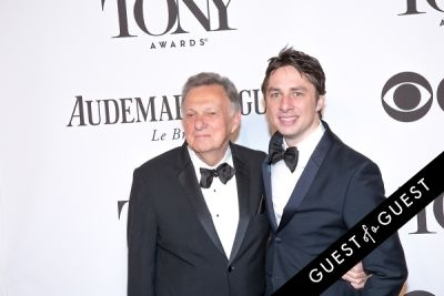 zach braff in The Tony Awards 2014