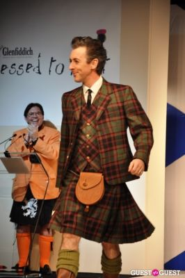 alan cumming in Eighth Annual Dress To Kilt 2010