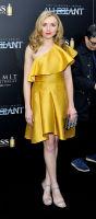 The Divergent Series: Allegiant world premiere #7