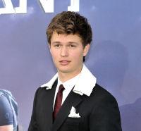 The Divergent Series: Allegiant world premiere #70