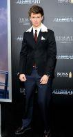 The Divergent Series: Allegiant world premiere #71