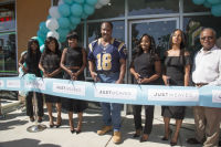 Just Weaves By Just Extensions Opens Up Its First Premium Weaving Installation Store In Inglewood, California #12