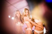 Victoria's Secret Fashion Show 2016: Backstage #28