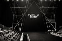 Victoria's Secret Fashion Show Paris 2016: Full Runway and Performances #1