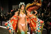 Victoria's Secret Fashion Show Paris 2016: Full Runway and Performances #13