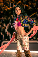 Victoria's Secret Fashion Show Paris 2016: Full Runway and Performances #55