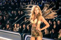 Victoria's Secret Fashion Show Paris 2016: Full Runway and Performances #97