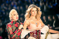 Victoria's Secret Fashion Show Paris 2016: Full Runway and Performances #105