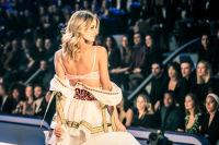 Victoria's Secret Fashion Show Paris 2016: Full Runway and Performances #107