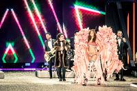Victoria's Secret Fashion Show Paris 2016: Full Runway and Performances #113