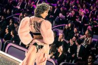 Victoria's Secret Fashion Show Paris 2016: Full Runway and Performances #131
