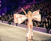Victoria's Secret Fashion Show Paris 2016: Full Runway and Performances #138