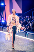 Victoria's Secret Fashion Show Paris 2016: Full Runway and Performances #149