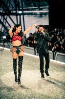 Victoria's Secret Fashion Show Paris 2016: Full Runway and Performances #156