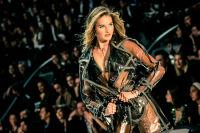 Victoria's Secret Fashion Show Paris 2016: Full Runway and Performances #175