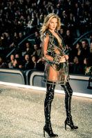 Victoria's Secret Fashion Show Paris 2016: Full Runway and Performances #176