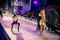 Victoria's Secret Fashion Show Paris 2016: Full Runway and Performances #212