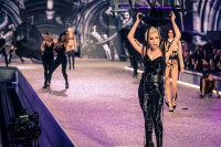 Victoria's Secret Fashion Show Paris 2016: Full Runway and Performances #216