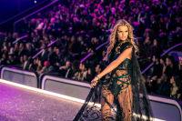 Victoria's Secret Fashion Show Paris 2016: Full Runway and Performances #227