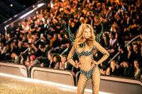 Victoria's Secret Fashion Show Paris 2016: Full Runway and Performances #257