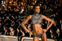 Victoria's Secret Fashion Show Paris 2016: Full Runway and Performances #269