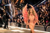 Victoria's Secret Fashion Show Paris 2016: Full Runway and Performances #271