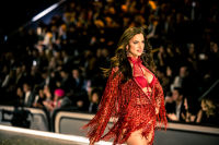 Victoria's Secret Fashion Show Paris 2016: Full Runway and Performances #277