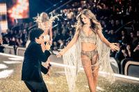 Victoria's Secret Fashion Show Paris 2016: Full Runway and Performances #286