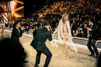 Victoria's Secret Fashion Show Paris 2016: Full Runway and Performances #288