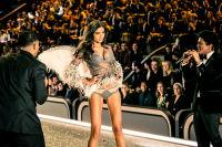 Victoria's Secret Fashion Show Paris 2016: Full Runway and Performances #291
