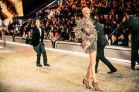 Victoria's Secret Fashion Show Paris 2016: Full Runway and Performances #294
