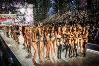Victoria's Secret Fashion Show Paris 2016: Full Runway and Performances #306