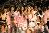 Victoria's Secret Fashion Show Paris 2016: Full Runway and Performances #308