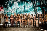 Victoria's Secret Fashion Show Paris 2016: Full Runway and Performances #313