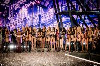 Victoria's Secret Fashion Show Paris 2016: Full Runway and Performances #314