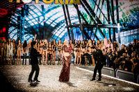 Victoria's Secret Fashion Show Paris 2016: Full Runway and Performances #319