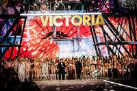 Victoria's Secret Fashion Show Paris 2016: Full Runway and Performances #320