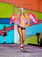 Victorias Secret Fashion Show #30
