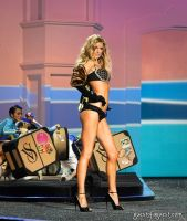Victorias Secret Fashion Show #35