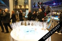 The Knot & the Guinness Book of Records Host the Largest Champagne Toast #1