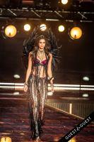 Victoria's Secret Fashion Show 2015 #40
