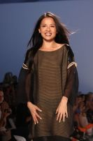 Thuy Fashion Show #17