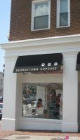 Georgetown Cupcakes Celebrates Airing of TLC Show 'DC Cupcakes' #7