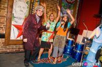 Costume Karaoke #18