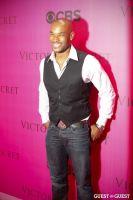 2010 Victoria's Secret Fashion Show Pink Carpet Arrivals #26
