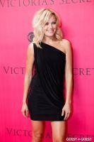2010 Victoria's Secret Fashion Show Pink Carpet Arrivals #101
