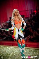 Victoria's Secret Fashion Show 2010 #109